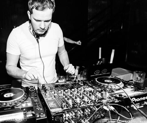 arnej in the mix